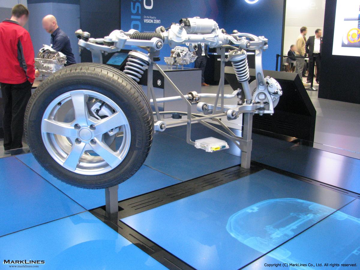 BLUE TRIM 05-11 4 Clip Tailored Car Mats MERCEDES CLS