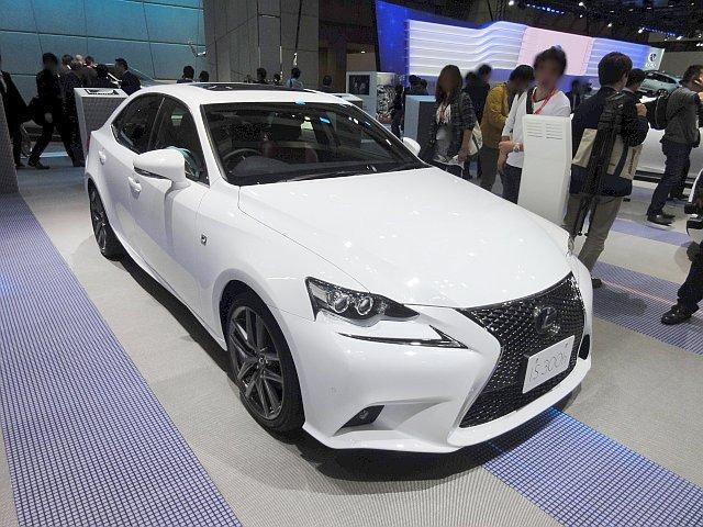 Lexus IS300h - MarkLines Automotive Industry Portal