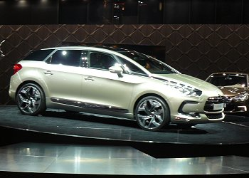 The high-end model of the Peugeot DS line-up, the DS5