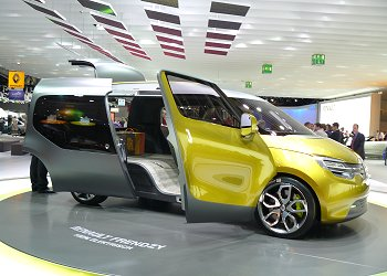 Renault's LCV concept, the FRENDZY (passenger seat side)