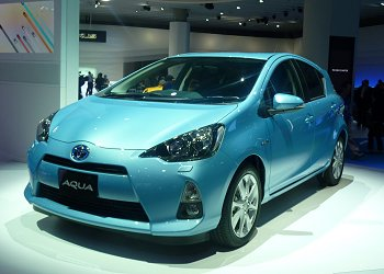 Aqua compact HV that Toyota launched in late December, 2011