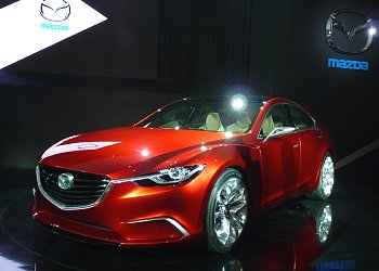 Mazda's midsize sedan concept, TAKERI