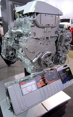 A direct-injection 2.4-lliter Ecotec engine with eAssist and a Li-ion battery that are used in the 2013MY Malibu Eco