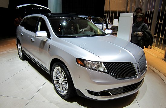 2013MY Lincoln MKT