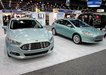 New Fusion Energi (front) and Ford Focus EV