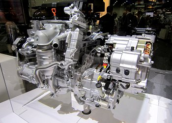 The engine and the electronically-controlled CVT of the 2-motor hybrid system