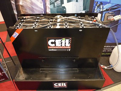 The tall 24V cell module of the Ceil-brand lead-acid batteries for forklifts