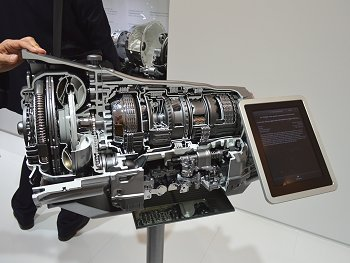 Cut-away model of 9-speed AT 9G-TRONIC