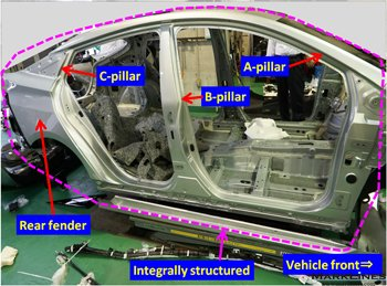 Integrally structured body side outer panel