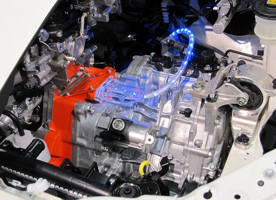 Honda: HEV CR-Z engine compartment