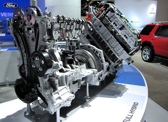 Ford: Cutaway model of FULL HYBRID system (used also on Fusion Hybrid)