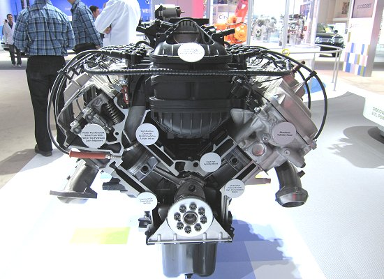 Ford: Newly-developed V8 6.2L engine