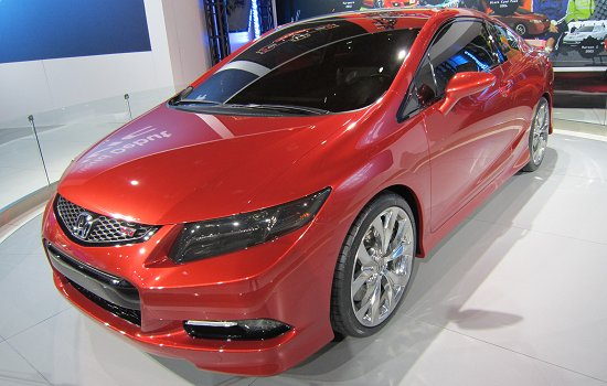 New model Civic Si coupe that is to go on sale this spring