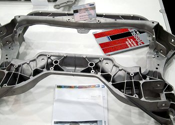 Mercedes Benz C-ClassのEngine Cradle
