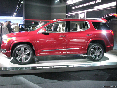 2017 GMC Acadia (North American International Auto Show 2016)